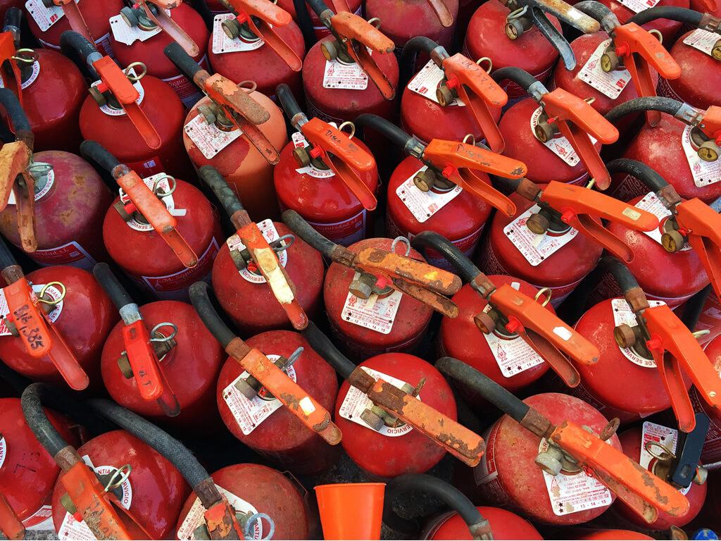 Revisione e collaudo estintori antincendio brescia for Revisione caldaia ogni quanto